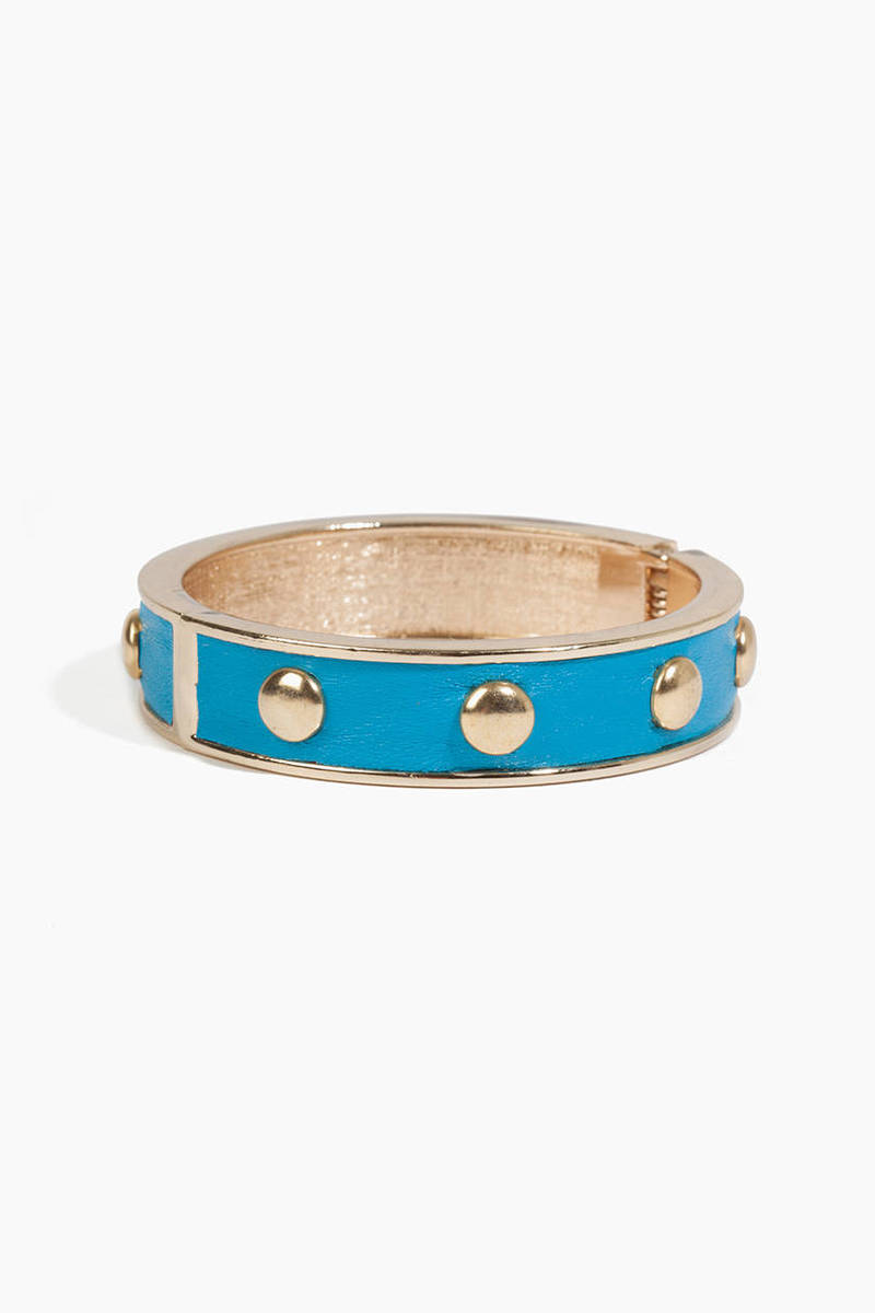 timi Nolan Stud Bangle