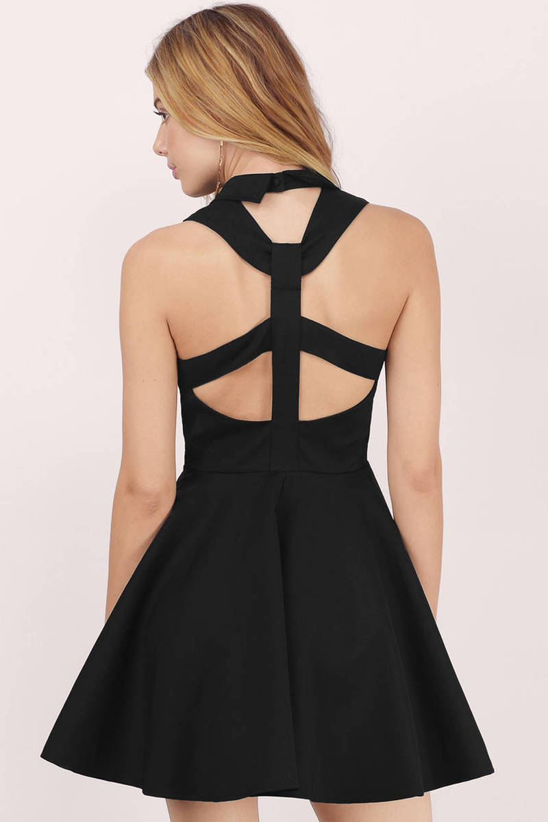 7th & Broadway Black  Skater Dress