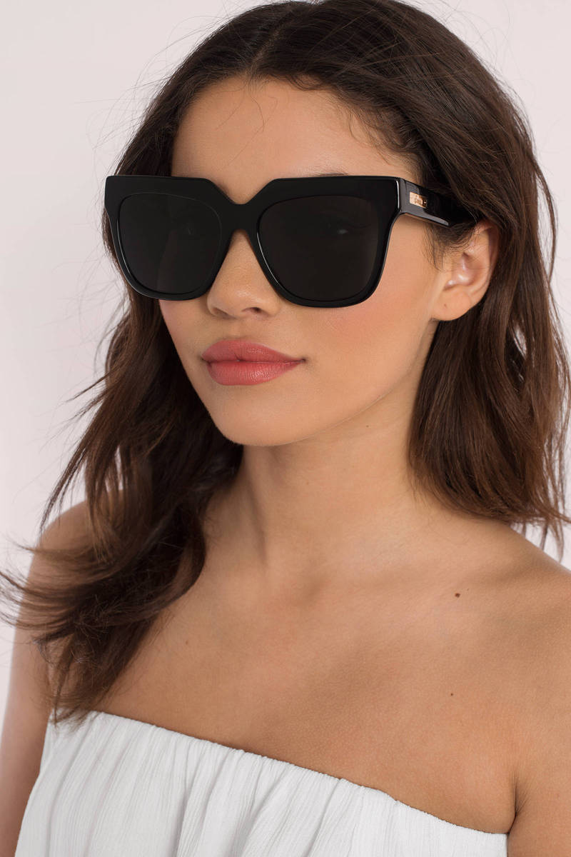Sonix Cases Sonix Avalon Black Sunglasses
