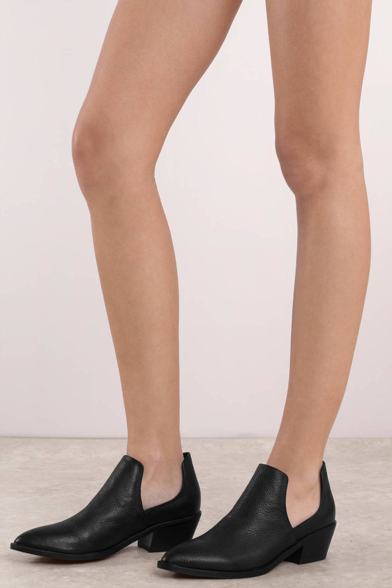b20923dfd36 Chinese Laundry Chinese Laundry Focus Black Cut Out Booties