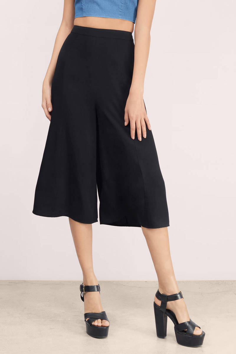Day Cruising Olive Culotte Pants
