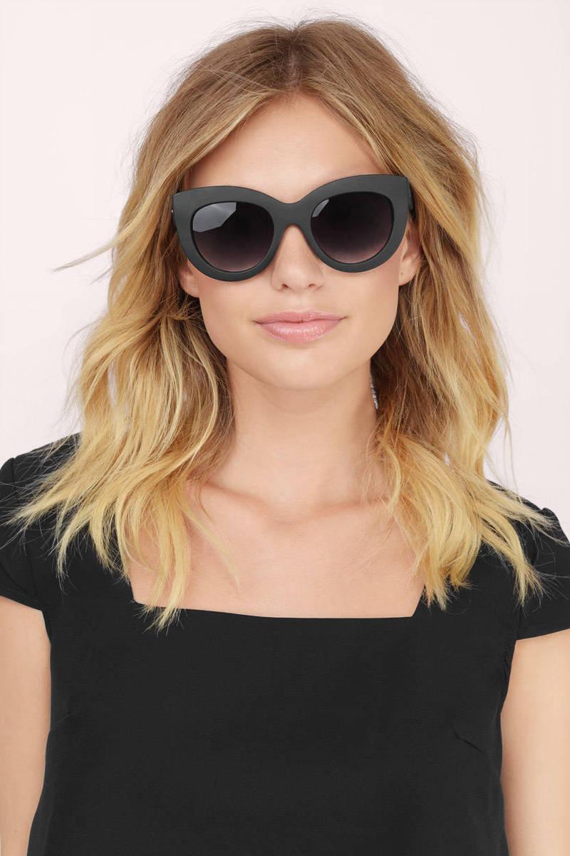 QUAY Quay Delilah Black Sunglasses