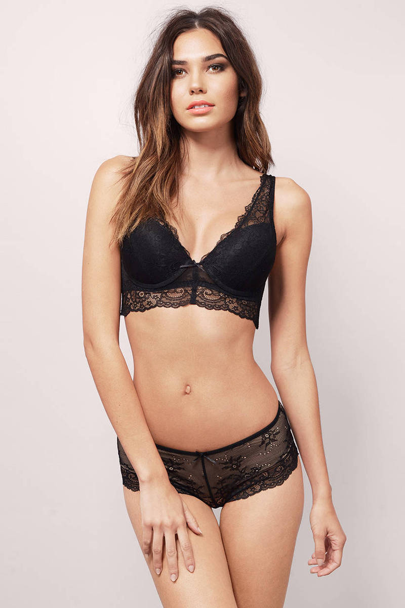 Shop sexy lingerie sets that make the perfect addition to your lingerie collection. Bra sets pair our sexy bras with panties, garters, or other lingerie bottoms and are available in many styles, colors, and designs that fit your flirty mood.