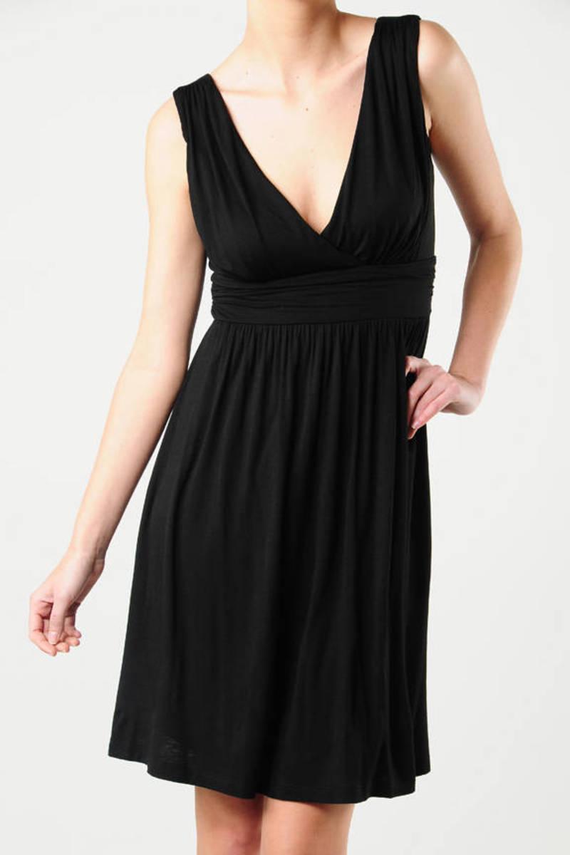 2572399d82b Lovely Black Skater Dress - V Neck Dress - Black Ruched Sleeveless ...
