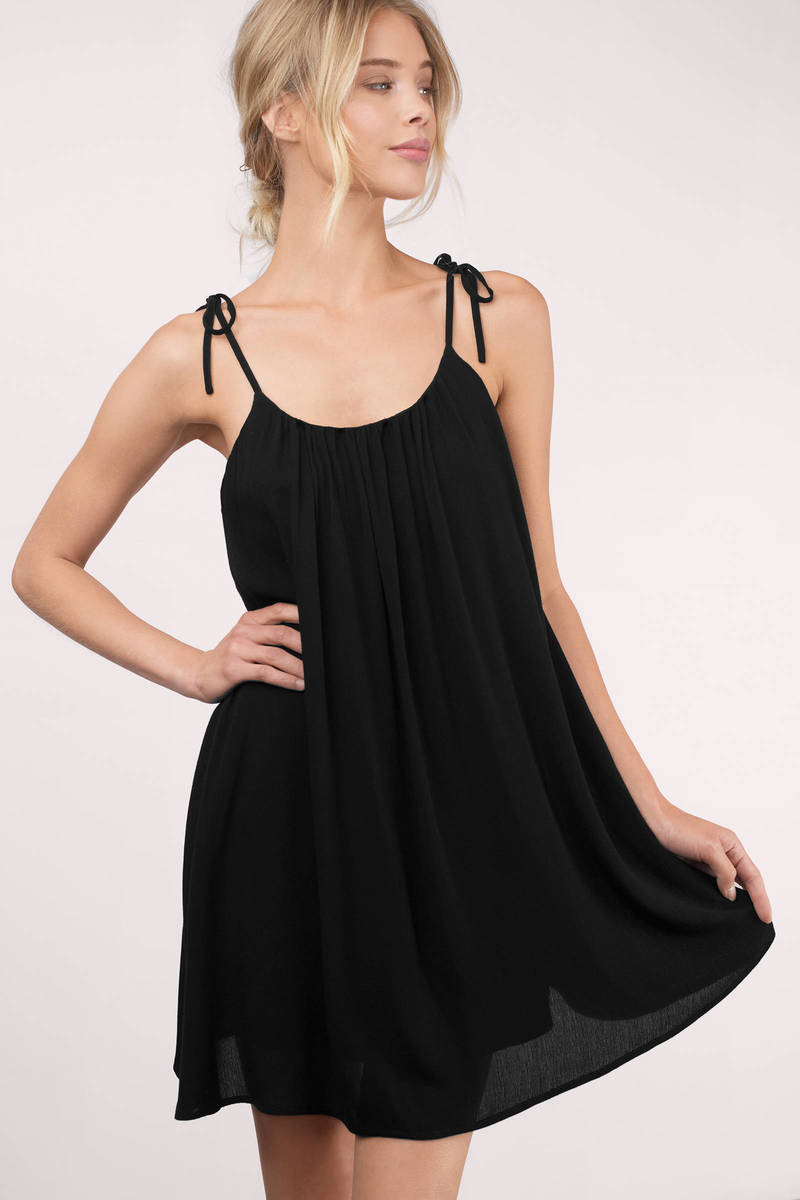 Emilie Black Shift Dress