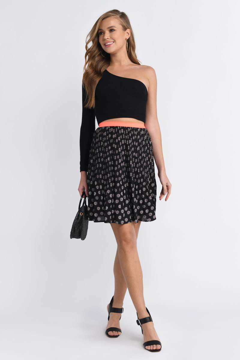 Dancing Together Black & Ivory Print Skirt