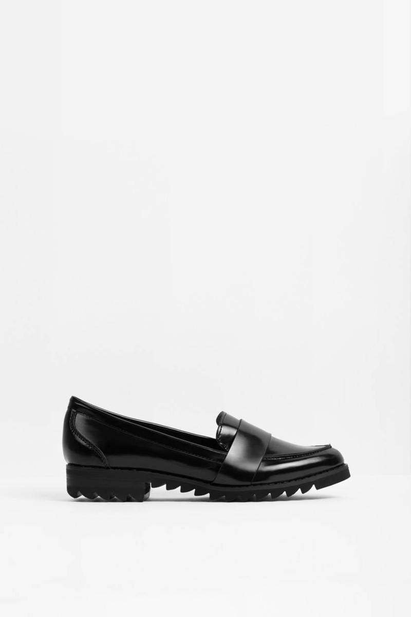 Report Footwear Report Footwear Jerrie Black & White Leather Loafer