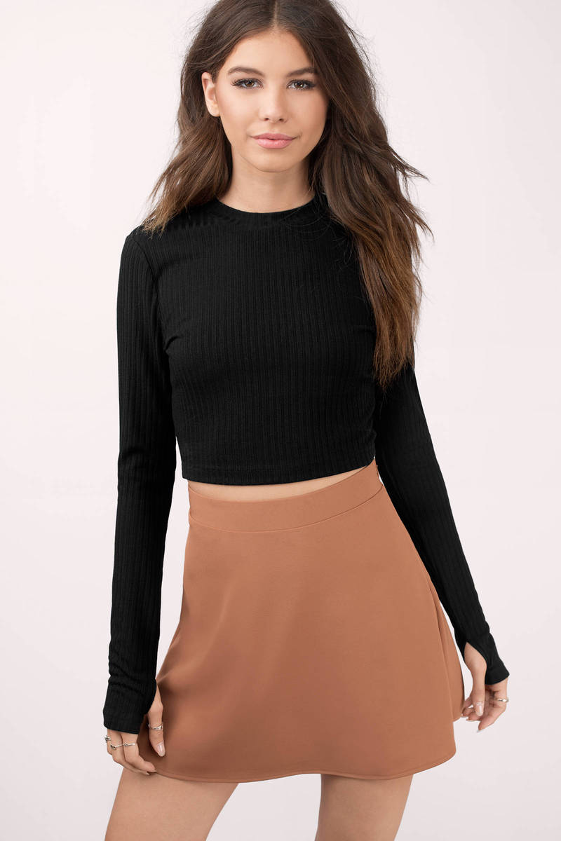 Kalea Black Ribbed Crop Top
