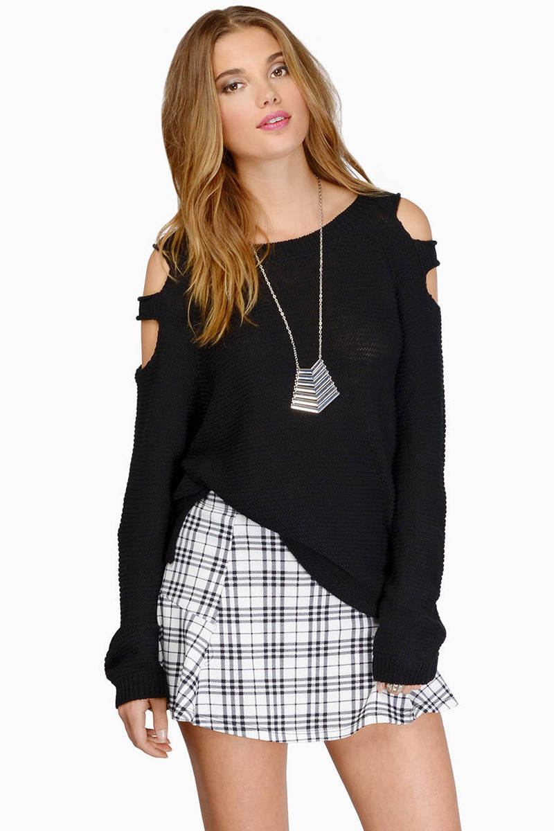 Loosen Up Black Knitted Sweater