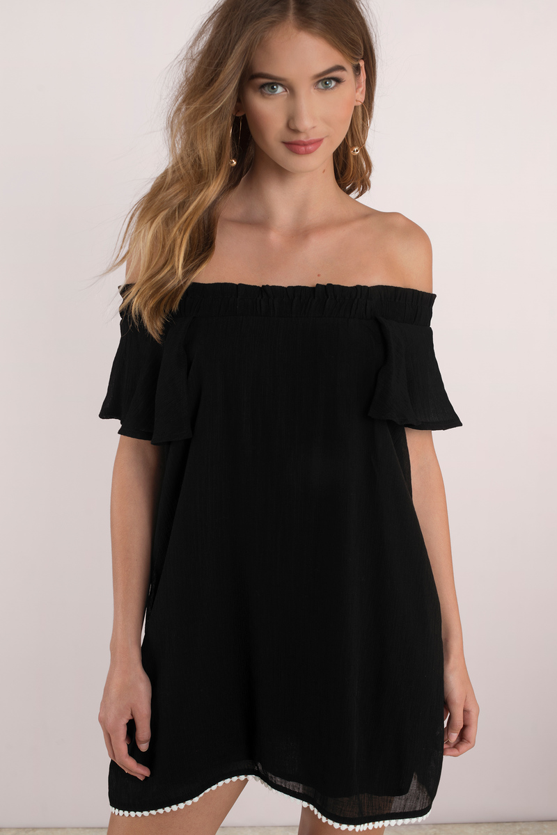 Off the Shoulder Dresses. Styles Found. Dare to bare in the timelessly classic off the shoulder Bardot style. We're joining the fashion revolution this year as this babin' style makes its way into our hearts. The coy, off the shoulder Bardot dress is all the rage, making it our go-to choice for any exclusive event.
