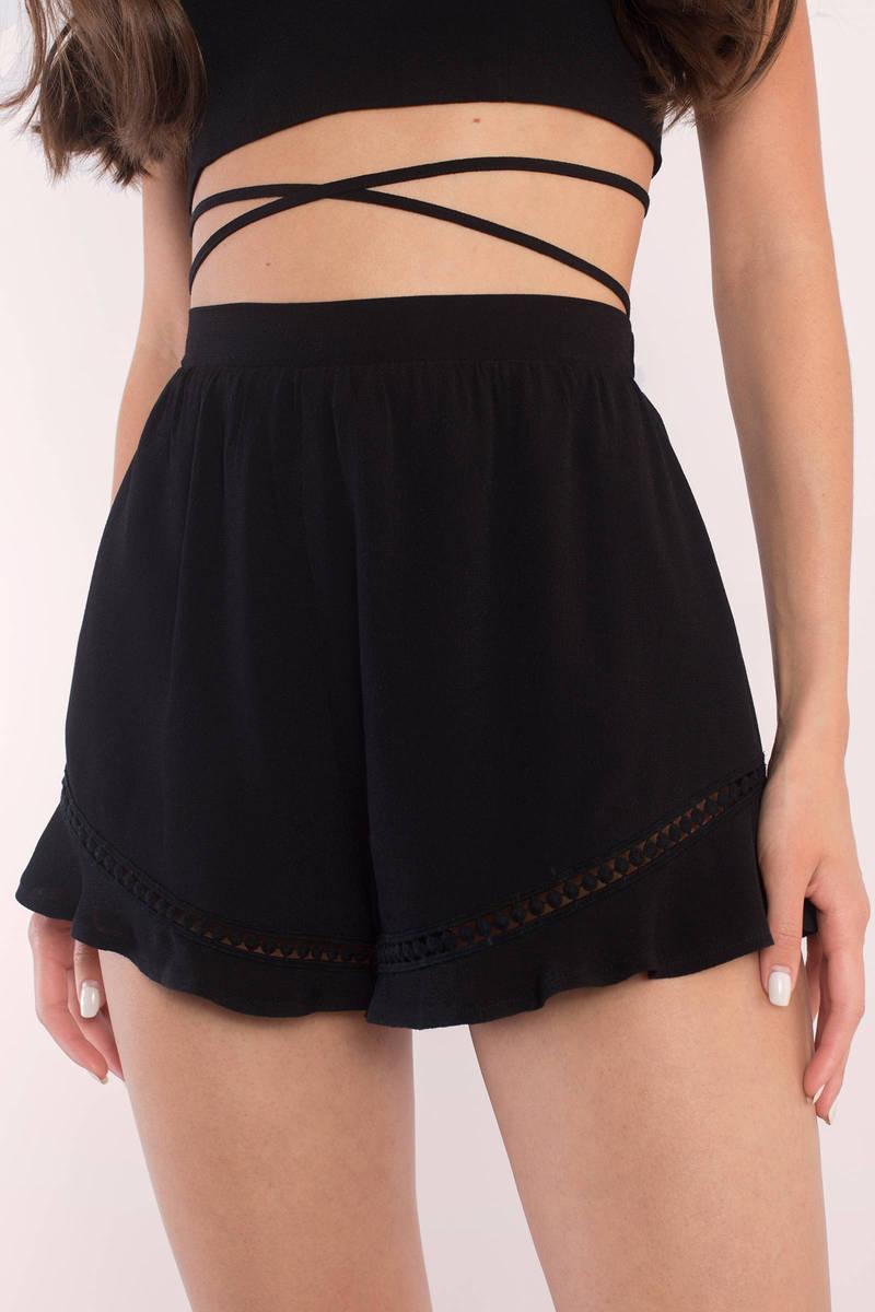 Mary Black Ruffle Hem Shorts
