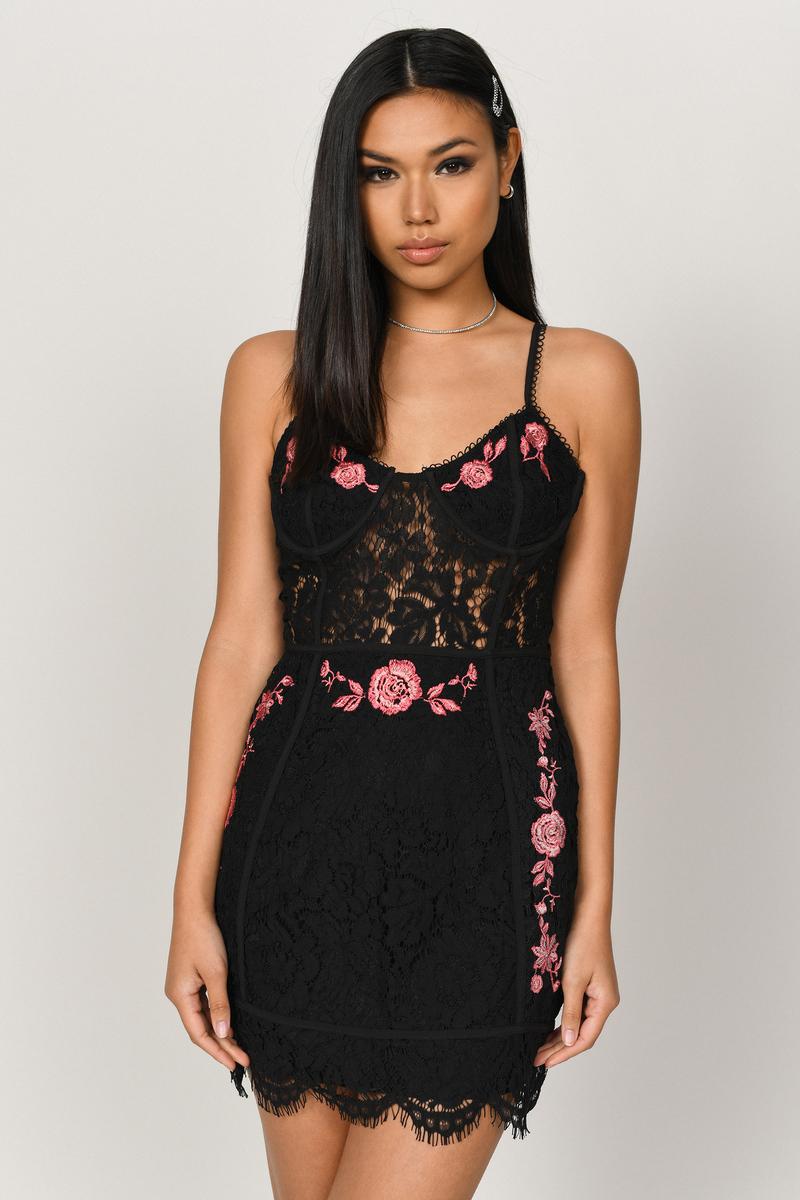 Mia Embroidered Lace Bodycon Dress