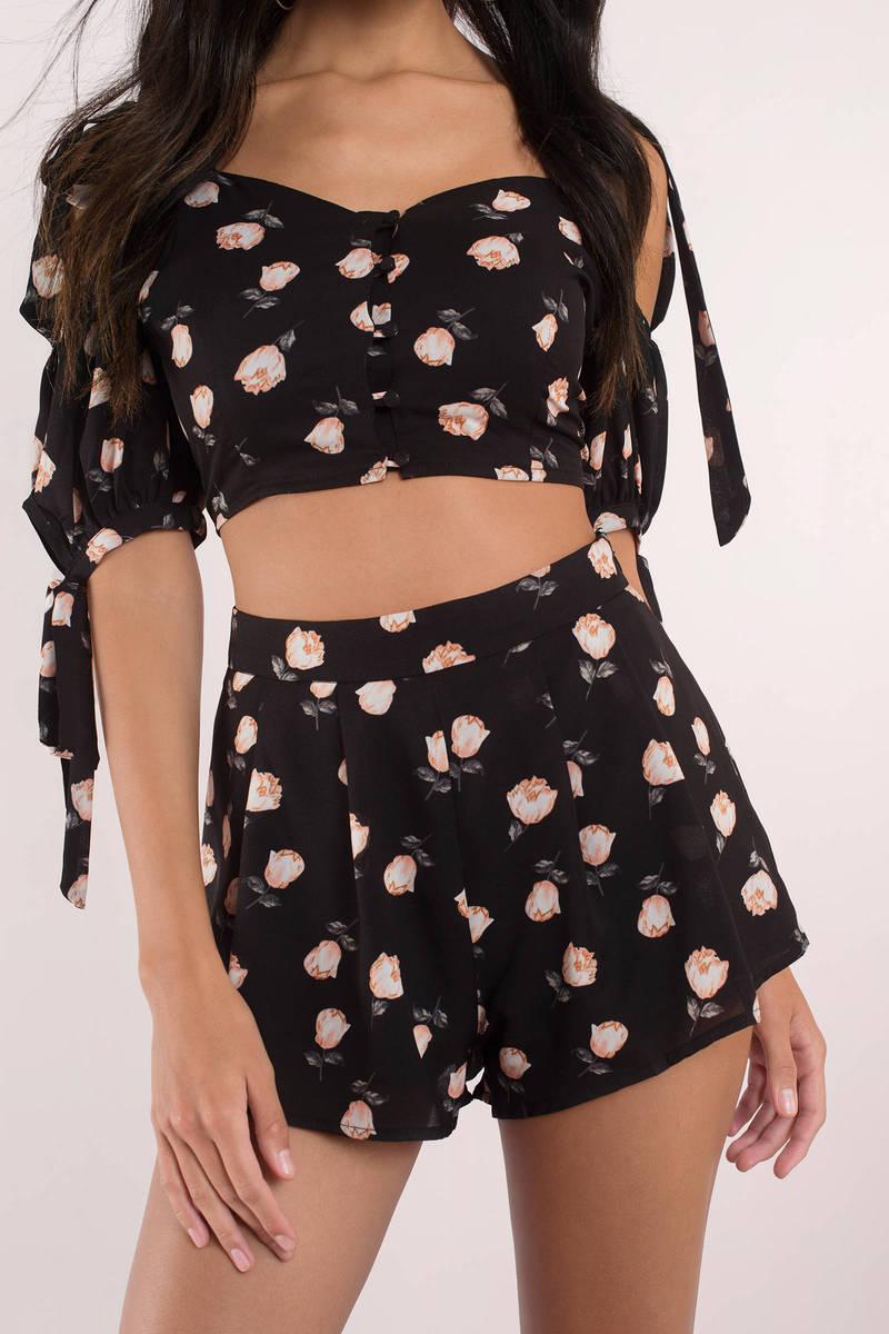 Garden Party Black Multi Ruffle Shorts