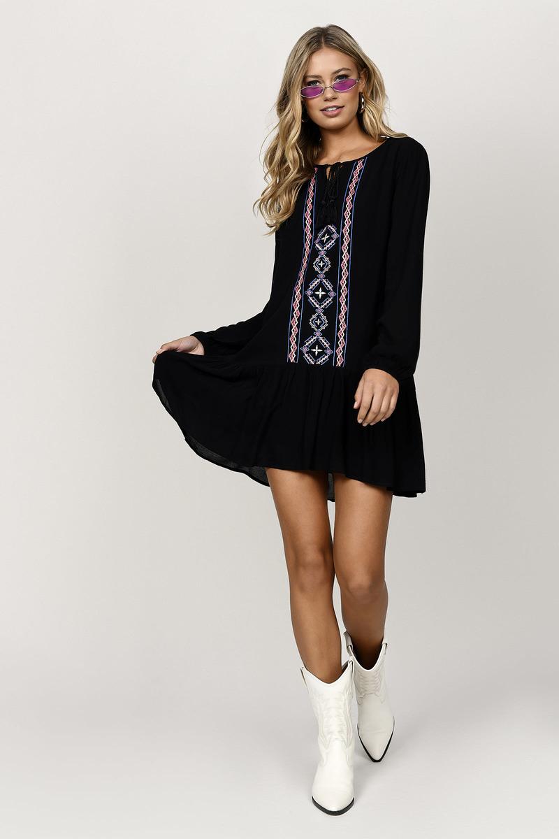 Nakoma Black Aztec Print Crochet Shift Dress