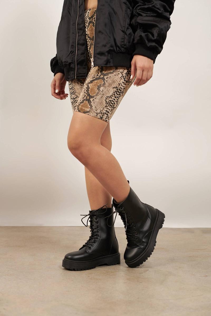 New Rules Black Platform Boots - S$ 76