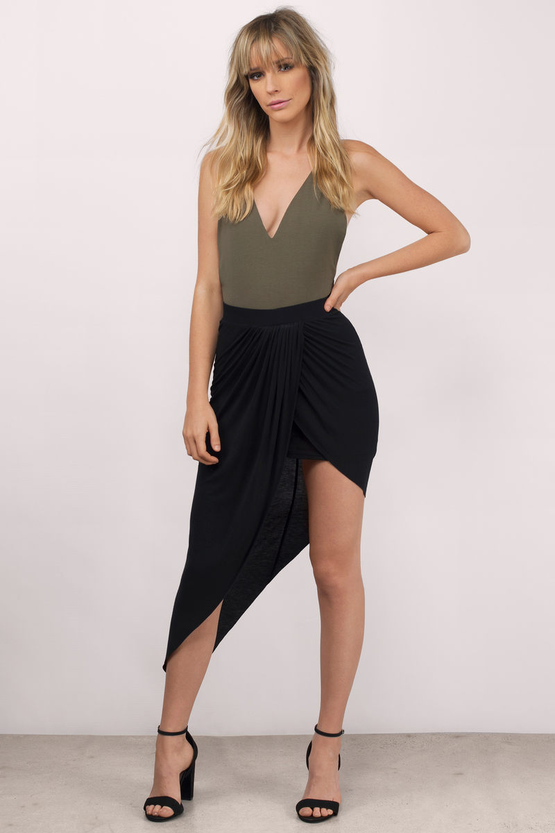 Point Made Olive Midi Skirt