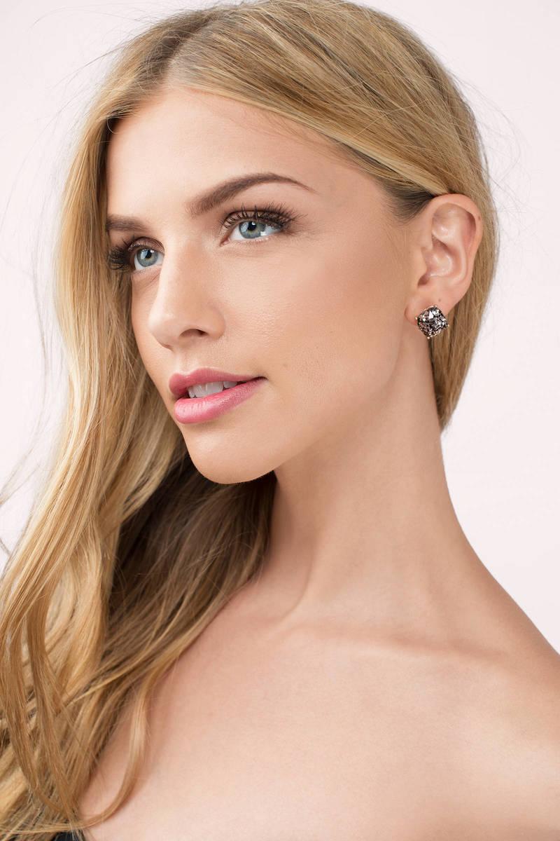 The Glitz Stud Earrings