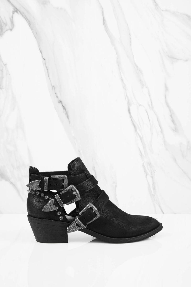 81413031d06 Spur Multiple Buckle Ankle Boots