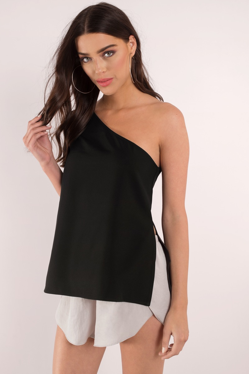 Trey Black Blouse