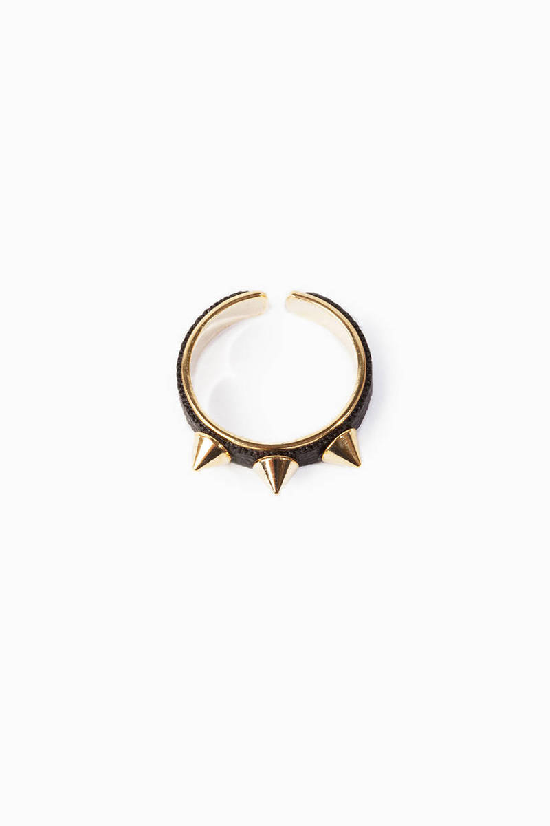 Triple Threat Spike Ring
