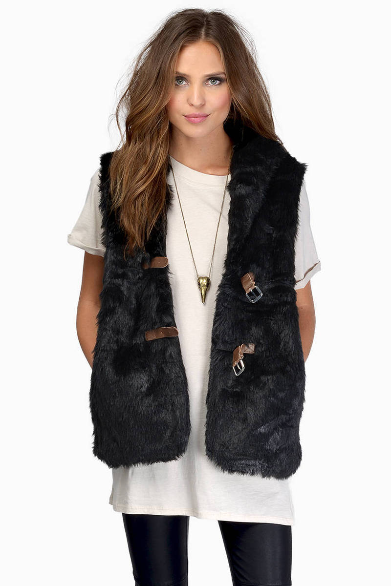 Wake Me Up In Winter Cream Fur Vest