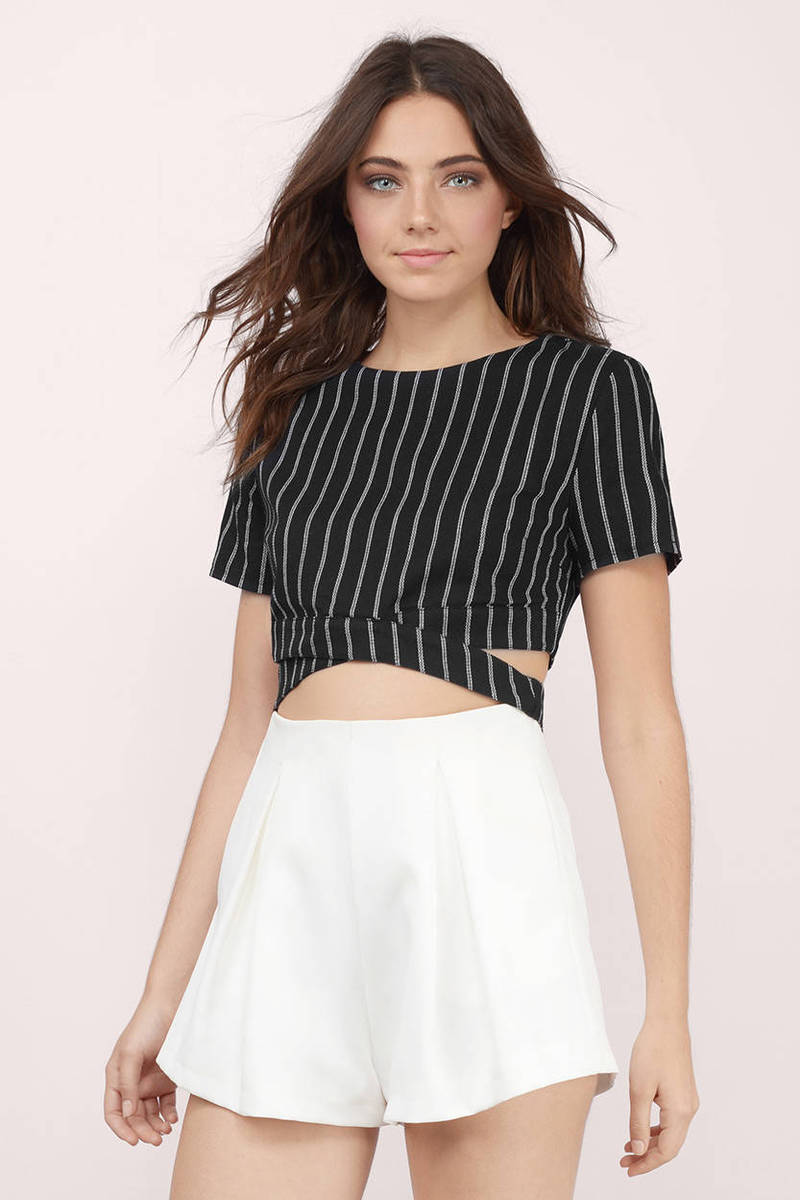 Double Crossed Black & White Striped Crop Top