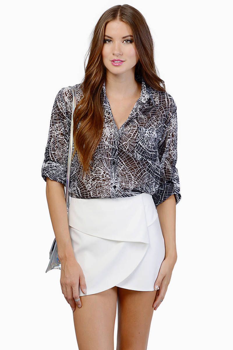 Shattered Dreams Black & White Blouse