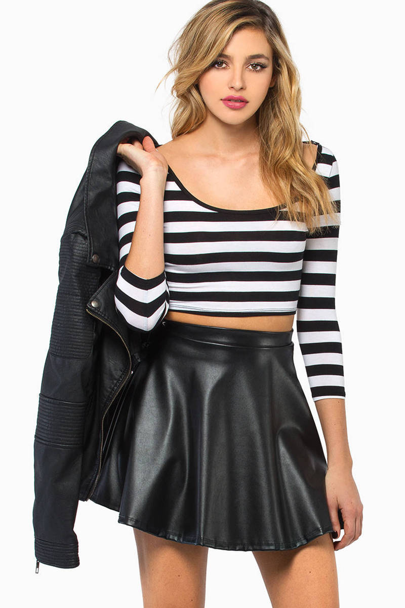 Stripe A Pose Crop Top