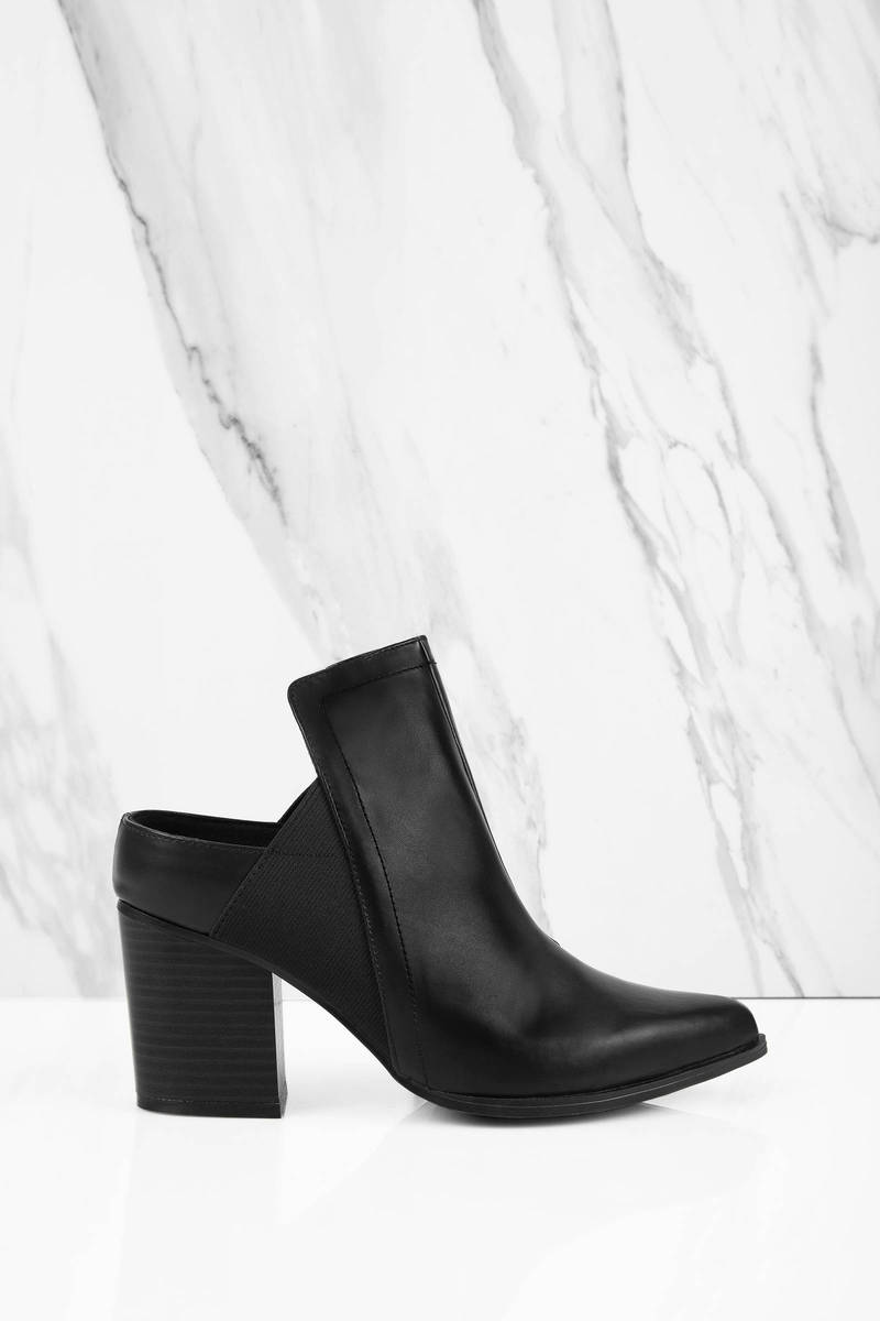 Zella Black Leather Heels