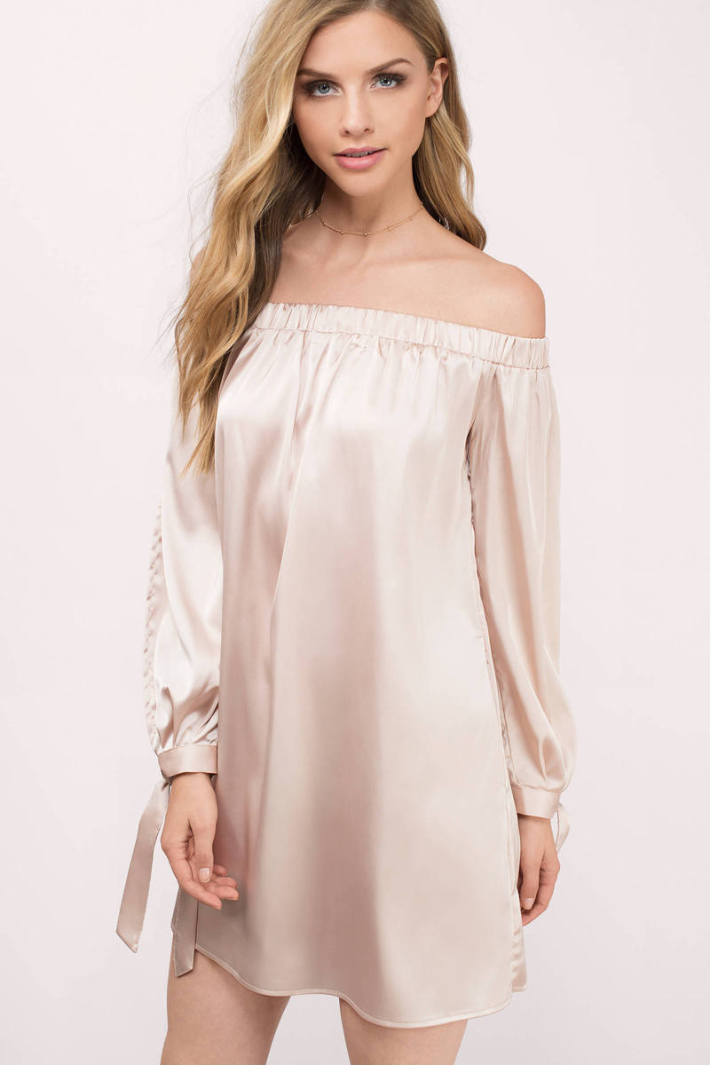 Mia Blush Solid Satin Shift Dress