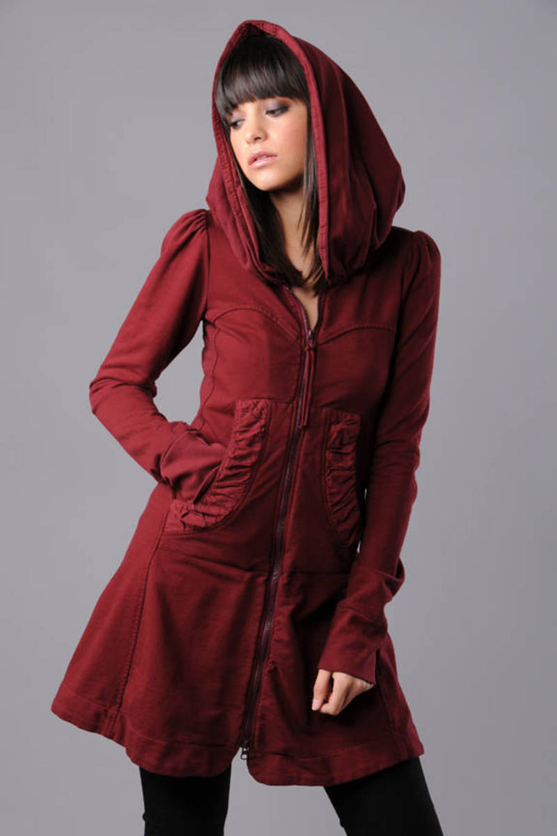 Prairie Underground Red Long Cloak Hoo