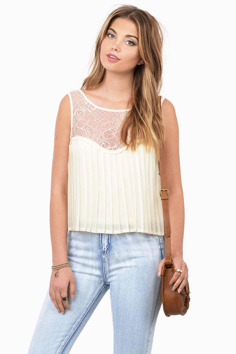 Just A Dream Cream Lace Tank Top