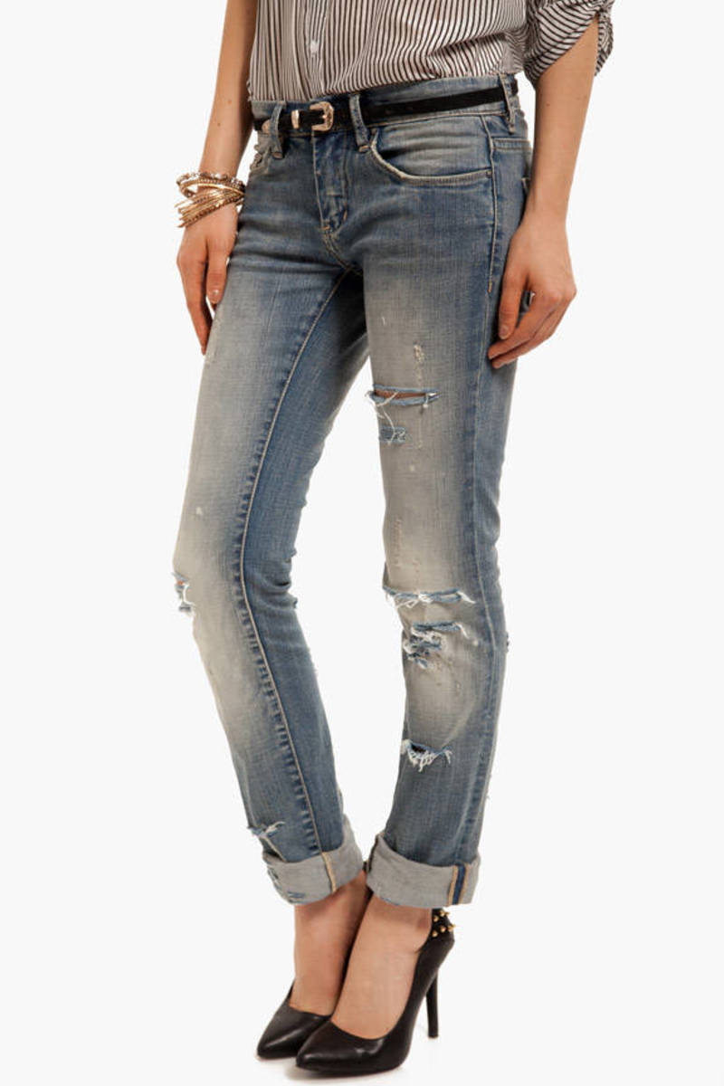 Blank NYC Relaxed Straight Leg Jeans
