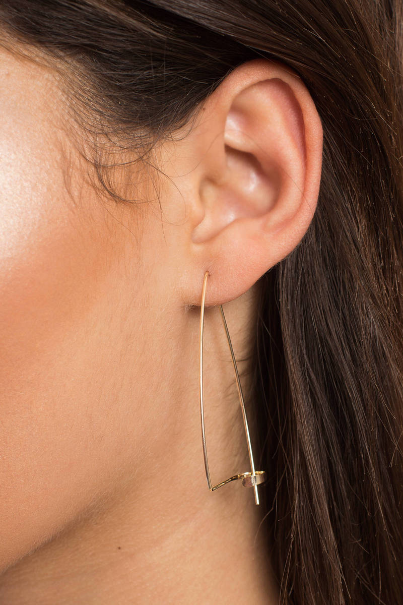Front Row Statement Gold Earrings