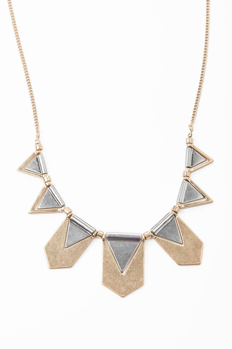 In The Middle Statement Necklace