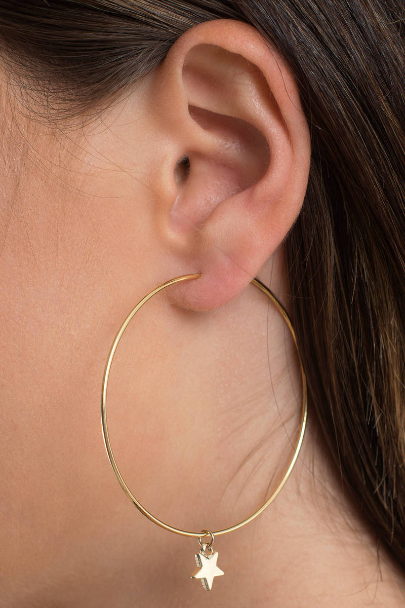 Oh My Stars Gold Hoop Earring Set
