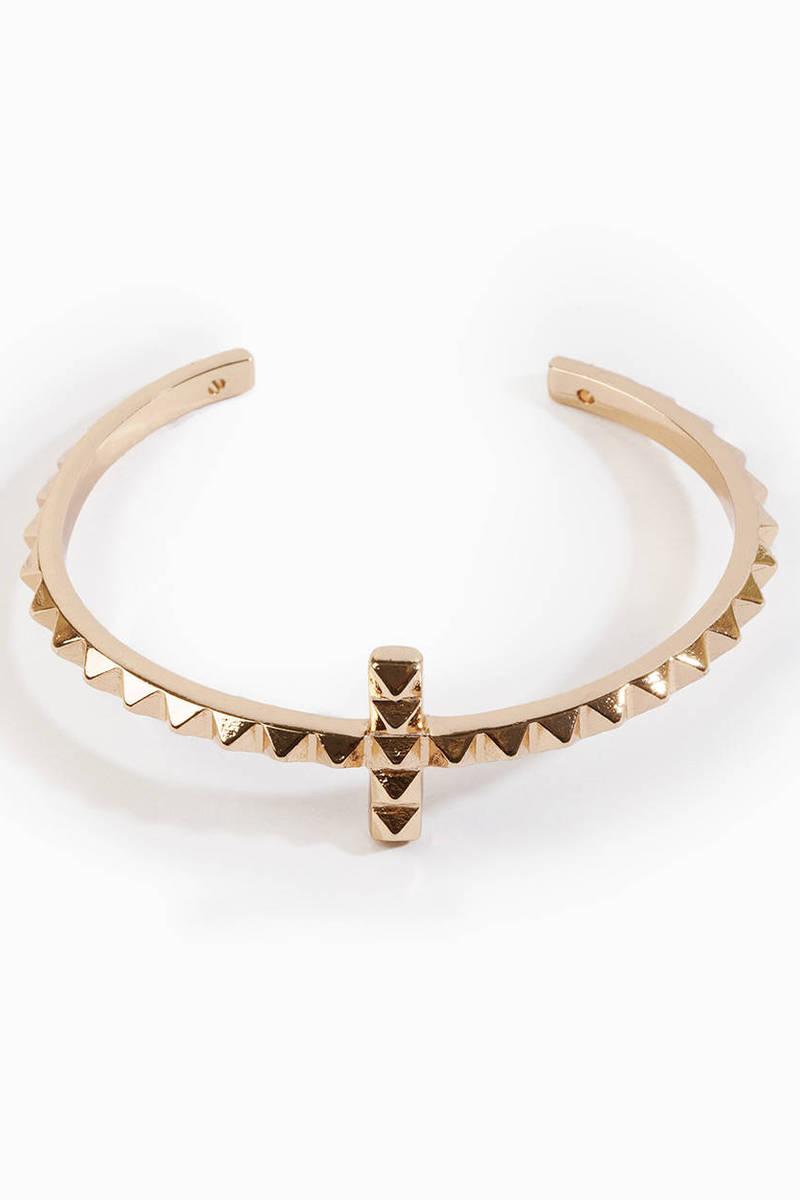 Pyramid Cross Cuff