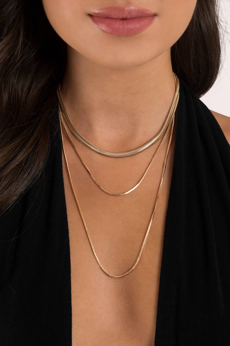 Simple Elegance Gold Layered Necklace