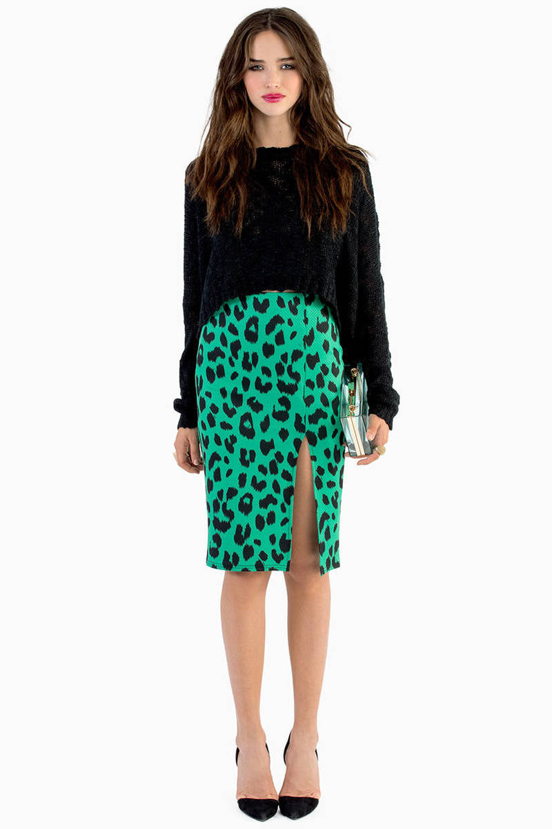 Ahead of the Pack Skirt
