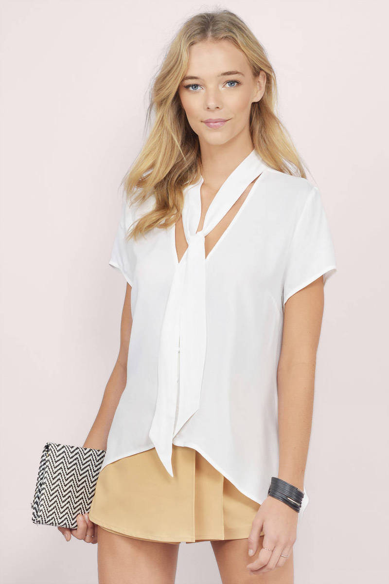 Around Here Ivory Blouse