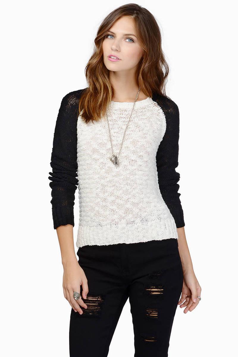 Kristen Contrast Ivory & Black Sweater
