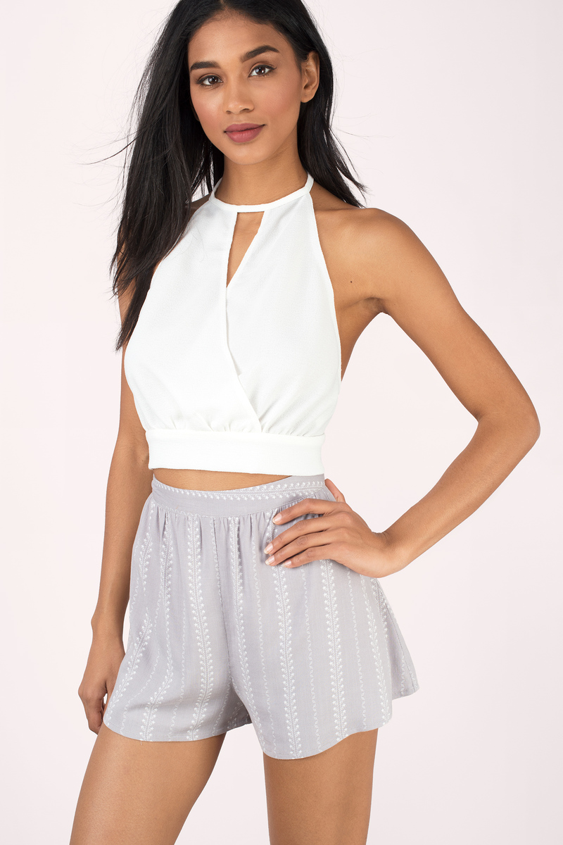You need those hot and cheap crop tops and DressHead has the great selection in a range of styles. Buy your crop tops online, as there is no other hidden fee.