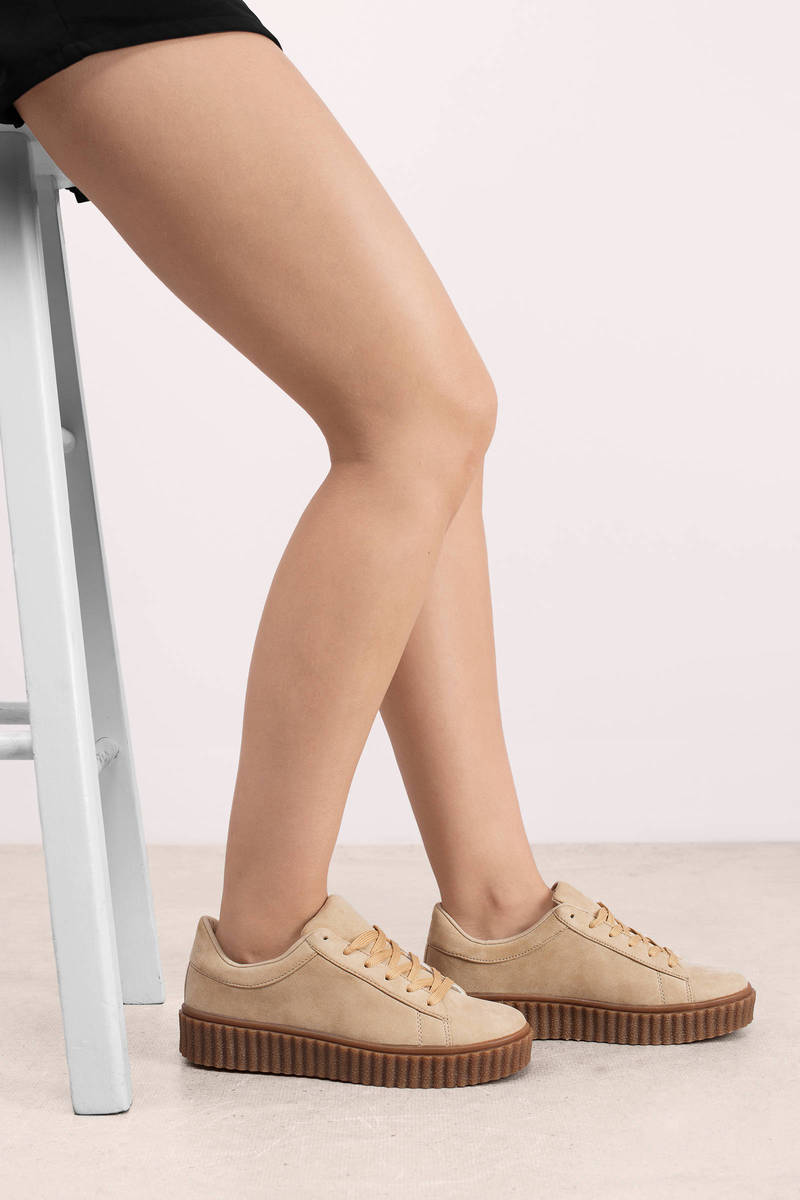 Callee Natural Suede Sneakers
