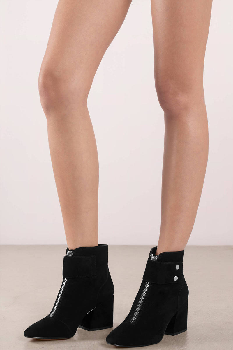 Dolce Vita Dolce Vita Varra Onyx Suede Ankle Booties