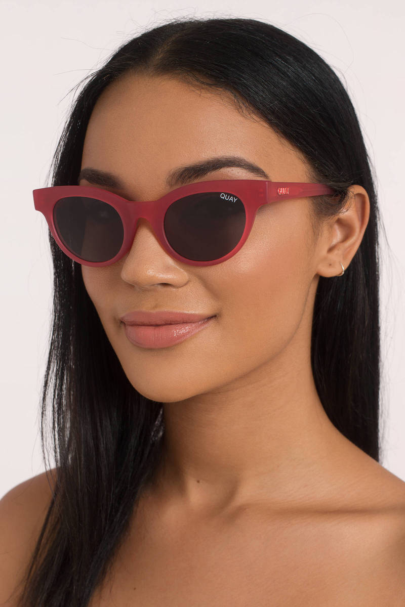 QUAY Quay X Kylie Starstruck Pink/Smoke Sunglasses