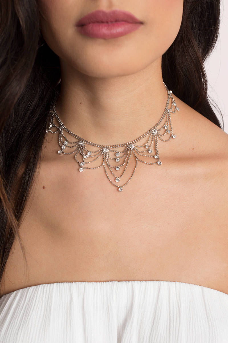 Fancy Me Up Silver Chocker Necklace