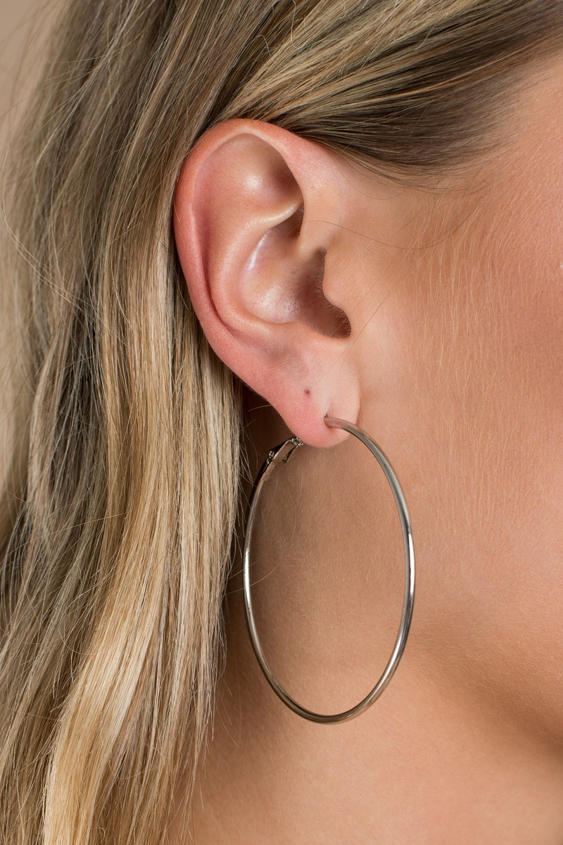 nice shoes authentic quality fashion style Silver Hoops - Medium Sized Hoops - Silver Going Out Hoops - € 15 ...