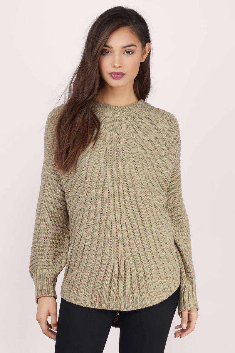 Sweater Knit : Light blue sweater knitted
