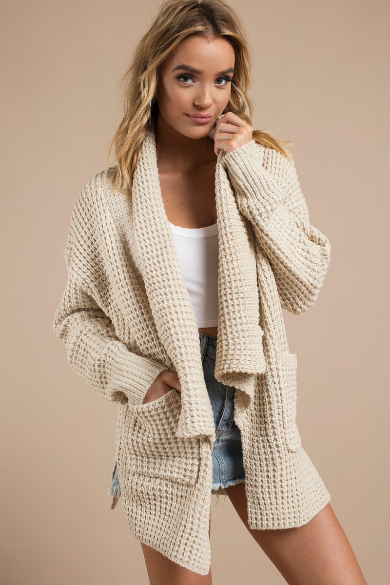 Cardigans And Necklaces: Trendy Taupe Cardigan