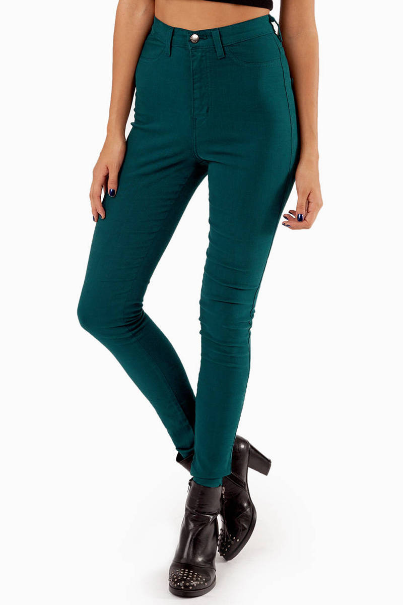 Solidly High Waisted Jeans